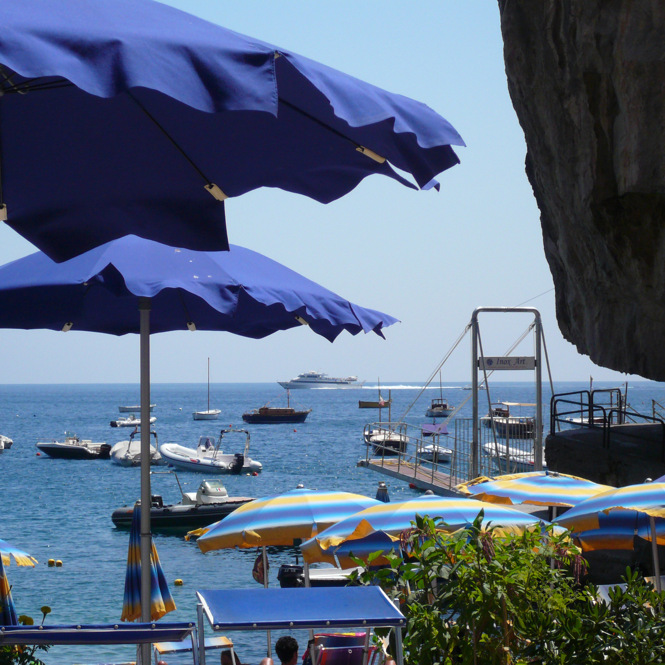 Italian Summers on the Amalfi Coast, secluded beach bays near Positano. Photo by Lisa van de Pol, Italian Summers