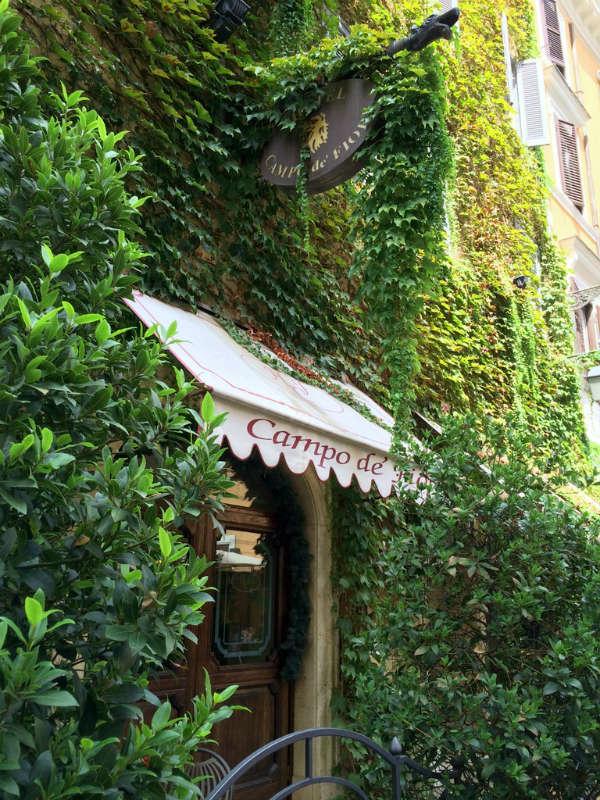 Campo de Fiori, Rome. Appartement in Rome, Casa Cuore di Roma. Foto by © Lisa van de Pol