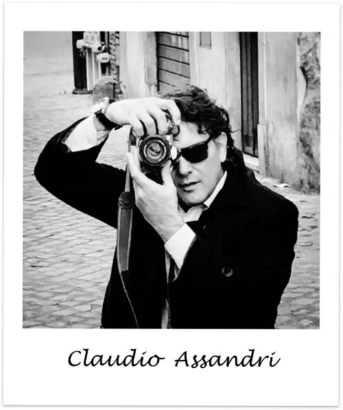 Artist Claudio Assandri, sculptor, painter and writer. Assandri has extensive expertise of ancient Rome, Rome Colosseum, Rome Forum Romanum and Classic Rome. Writes and designes for Italian summers