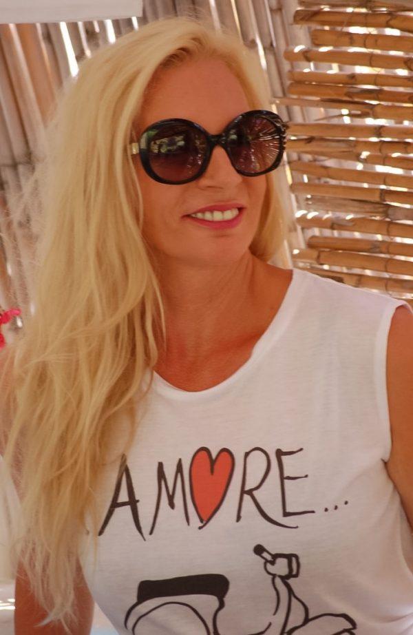 lisa-italian-summers-lisa-van-de-pol SHIRT AMORE VESPA