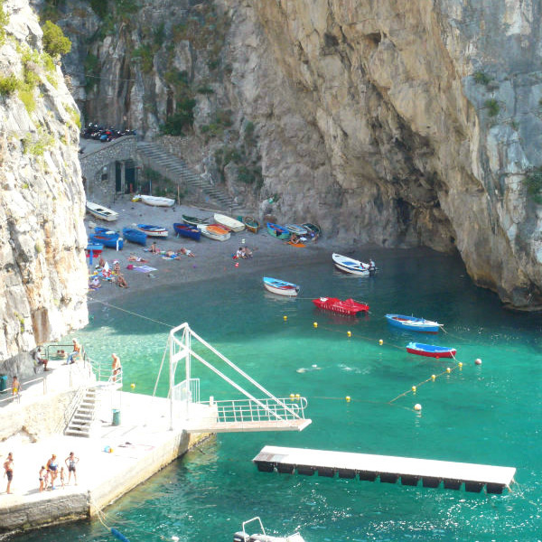 Italian summers on the Amalfi Coast on the beautiful beach of Praiano. Secluded bay on the ner Positano. Photo by Lisa van de Pol, Italian summers