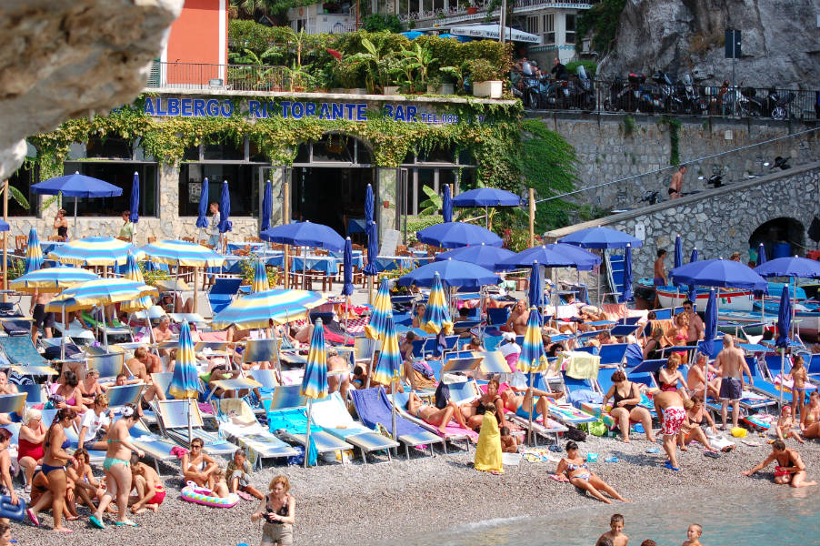 Italian Summers on the amalfi coast near Positano, A secluded beach, Photo by Lisa van de Pol, Italian summers