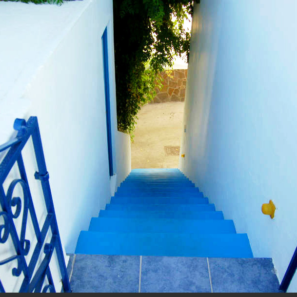 Panarea Island, the blue stairs, photo Lisa van de Pol, Italian Summers