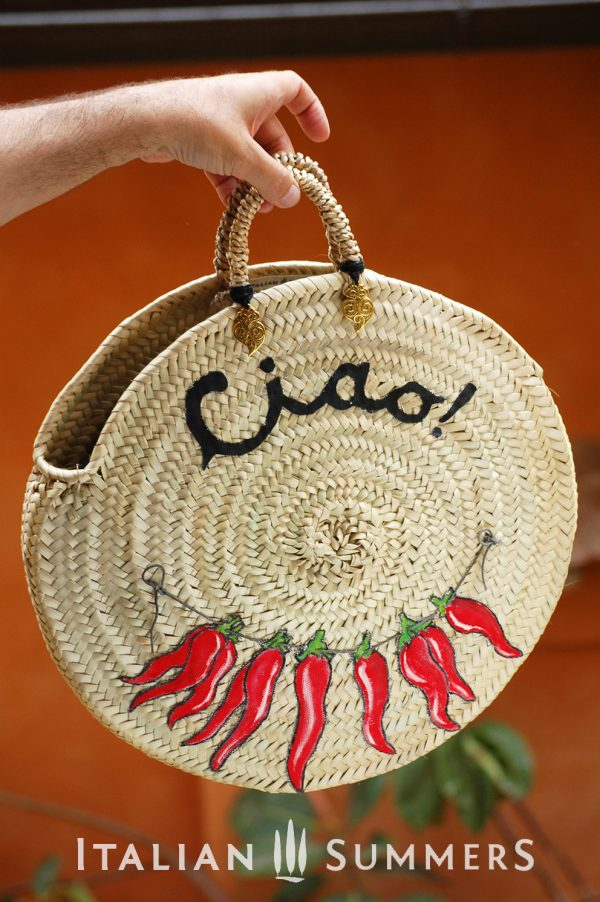 Straw bag round PEPERONCINOS by Italian Summers ©2017