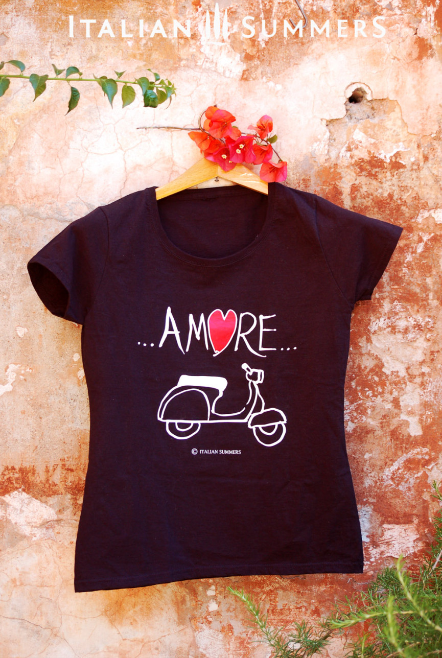 T-shirt VESPA AMORE with VESPA print by Italian Summers
