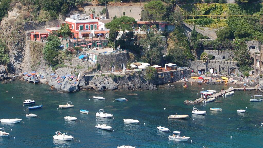 View on Hotel Villa Antonio from Castello Aragonese, Ischia. Photo by Lisa van de Pol, Italian Summers
