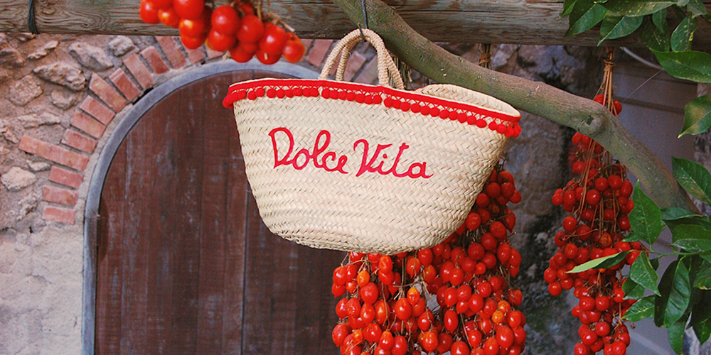 Dolce Vita straw basket custom made by Italian Summers. All rights reserved