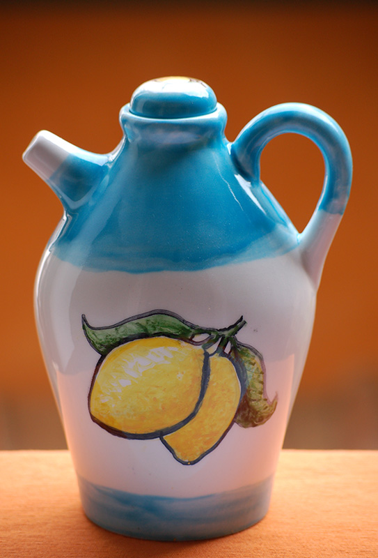 limoncello-bottle-lemontree-handpainted-by-italian-summers