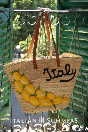 Straw bags Italian style